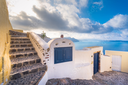 Foto op Plexiglas Santorini Abstract view of the cycladic style of traditional houses at Santorini, Greece.