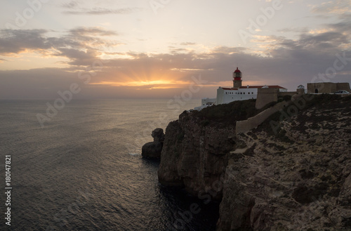 Aluminium Vuurtoren View of the lighthouse and cliffs at Cape St. Vincent at sunset. Sagres, Algarve, Portugal.