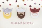 feliz día de reyes - 180161247