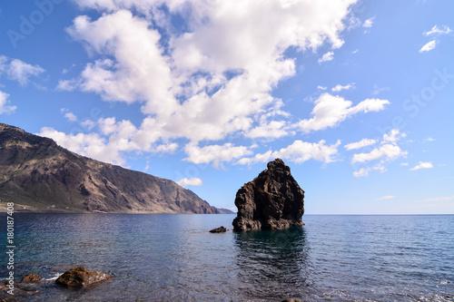 Deurstickers Canarische Eilanden Roque de Bonanza beach in El Hierro