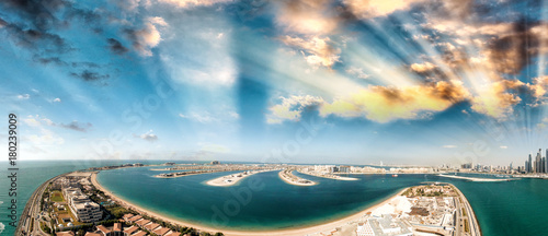 Obraz na płótnie Dubai Palm Jumeirah Island, aerial panoramic view - UAE