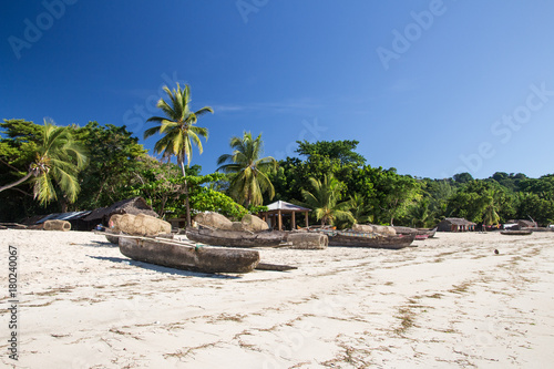 Fotobehang Tropical strand Nosy Be