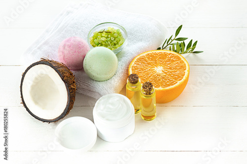 Natural coconut oil - 180255824