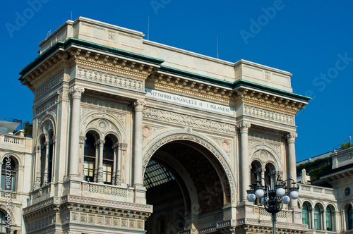 In de dag Milan Vittorio Emanuele II gallery in Milan with blue sky