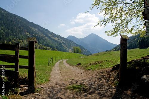 In de dag Blauwe hemel Großtiefentalalm Oberbayern