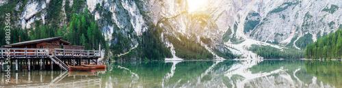 Foto op Canvas Bergen Pragser Wildsee Panorama