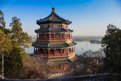 Foto op Canvas Peking Blick über den Park des neuen Sommerpalast, Peking, China