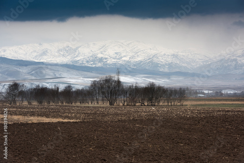 Aluminium Chocoladebruin winter, plowed field