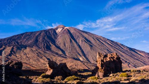 Foto op Plexiglas Canarische Eilanden landscape with mount Teide in Teide National Park - Tenerife, Canary Islands