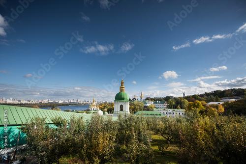 Foto op Plexiglas Kiev Autumn in the Kiev-Pechersky Monastery