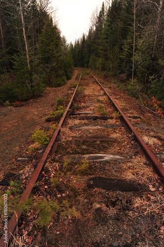Fotobehang Spoorlijn abandoned Tahawas railroad