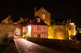 Nocturnal lights in the fortifications of Vannes city - 180629443