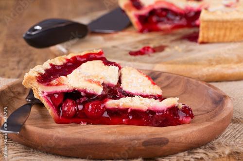 Aluminium Kersen Cherry Pie Closeup