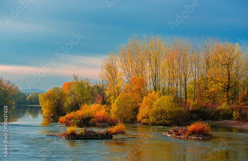 Aluminium Landschappen Beautiful autumn landscape
