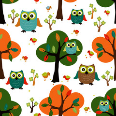 Cute owl in the forest seamless design pattern.