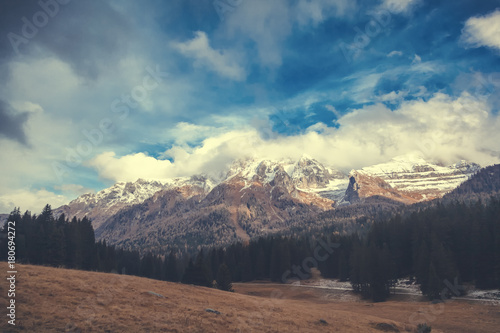 Papiers peints Cappuccino Beautiful mountain landscape, Dolomites, Italy. Snowy peaks, magnificent nature
