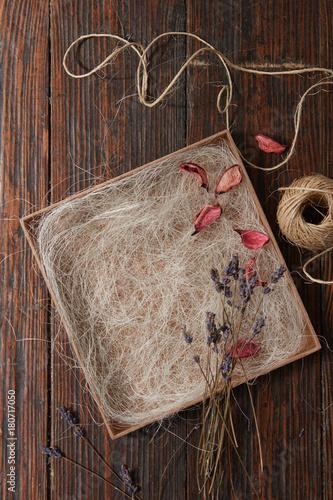 Papiers peints Lavande Bunch of several dried lavender branches