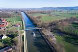 Kanal von oben - 180745868