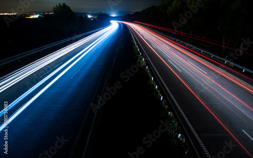 Fotobehang Nacht snelweg Car light trails at night