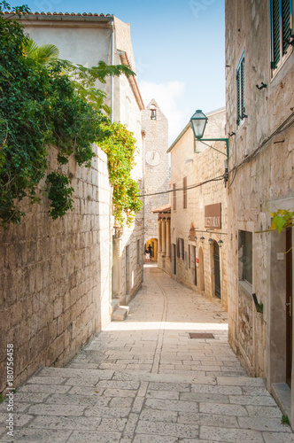 Tuinposter Smal steegje Old town on the island of Rab