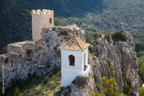 view on guadalest castle