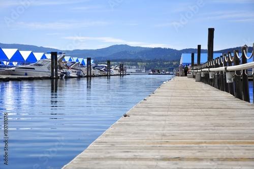 Fotobehang Pier Smooth Water Dock