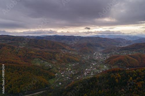 Papiers peints Marron chocolat Autumn in Carpathian mountains