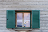 Österreich, Montafon, Garfrescha, Fenster mit Schlagläden