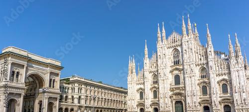 In de dag Milan Panorama Duomo and Milano Galleria Vittorio Emanuele II, Milan