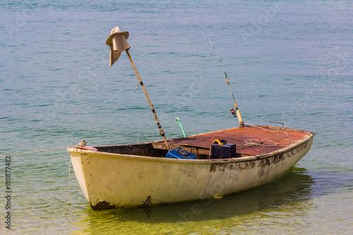 Keuken foto achterwand Schip Little boat floating