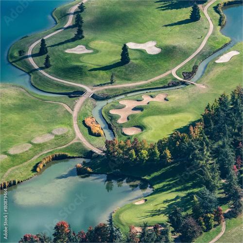 Foto op Canvas Olijf Vue aérienne du golf de Nantilly en Eure-et-Loir en france