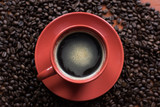 Kawa w czerwonej filiżance