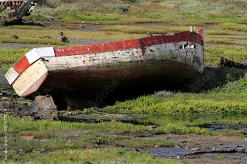 Keuken foto achterwand Schip épaves de bateaux échoués en Bretagne
