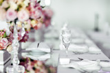 Beautiful wedding table arrangement - 181022201