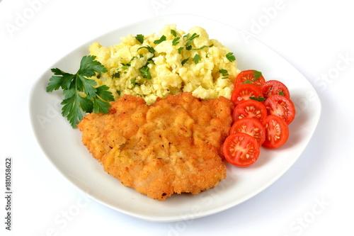 kotlet schabowy z ziemniakami i pomidorem - 181058622