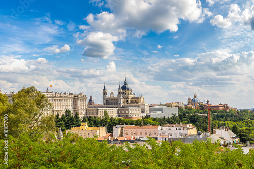 Keuken foto achterwand Madrid Almudena Cathedral and Royal Palace in Madrid