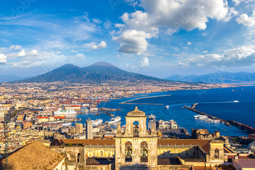Aluminium Napels Napoli and mount Vesuvius in Italy