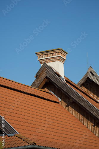 roof and chimney Plakát