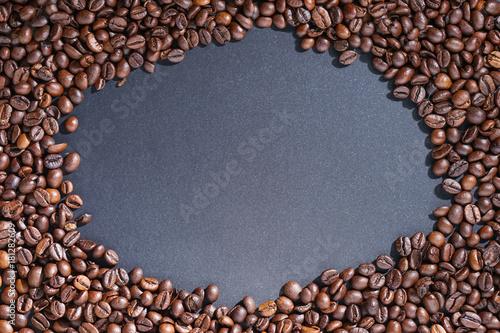 Staande foto Koffiebonen Coffee beans frame on dark background