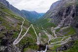 Trollstigen, Norwegen - 181293453