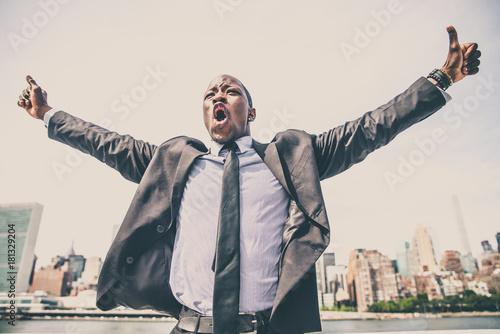 Foto op Canvas New York Triumphant business man