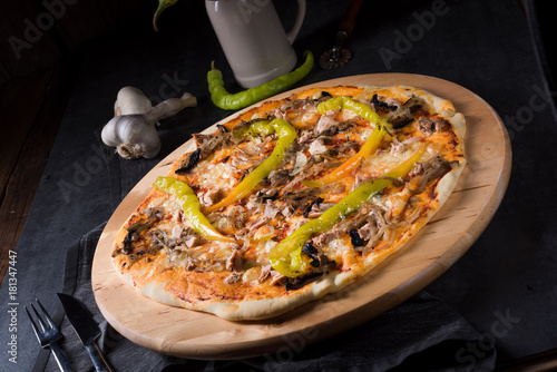 Foto op Aluminium Hot chili peppers fresh and tasty Peperoni Pizza
