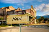 Schild 198 - Hotel - 181368492