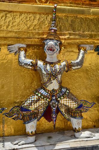 Foto op Aluminium Bangkok WAT PHRA KAEW FRESQUE DU RAMAKIAN PALAIS ROYAL BANGKOK THAÏLANDE