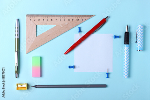 Fotobehang Pop Art Stationery, pop art, white blue fountain pen, red fountain pen, pencil, office desk, place for making contracts in the style of minimalism, modern school education