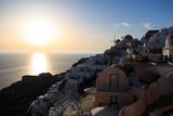 tramonto a Oia - isola di Santorini - 181447830