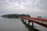 福浦島の赤い橋