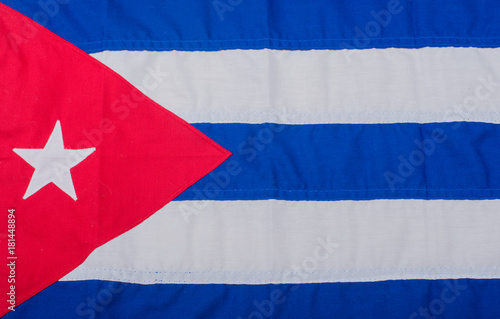 Tuinposter Havana Baseball und Baseballschläger auf einer Flagge von Kuba