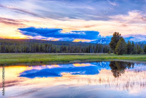 Plexiglas Fyle Sunset and Yellowstone