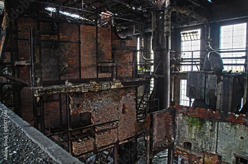 Foto op Canvas Oude verlaten gebouwen Old factory inside